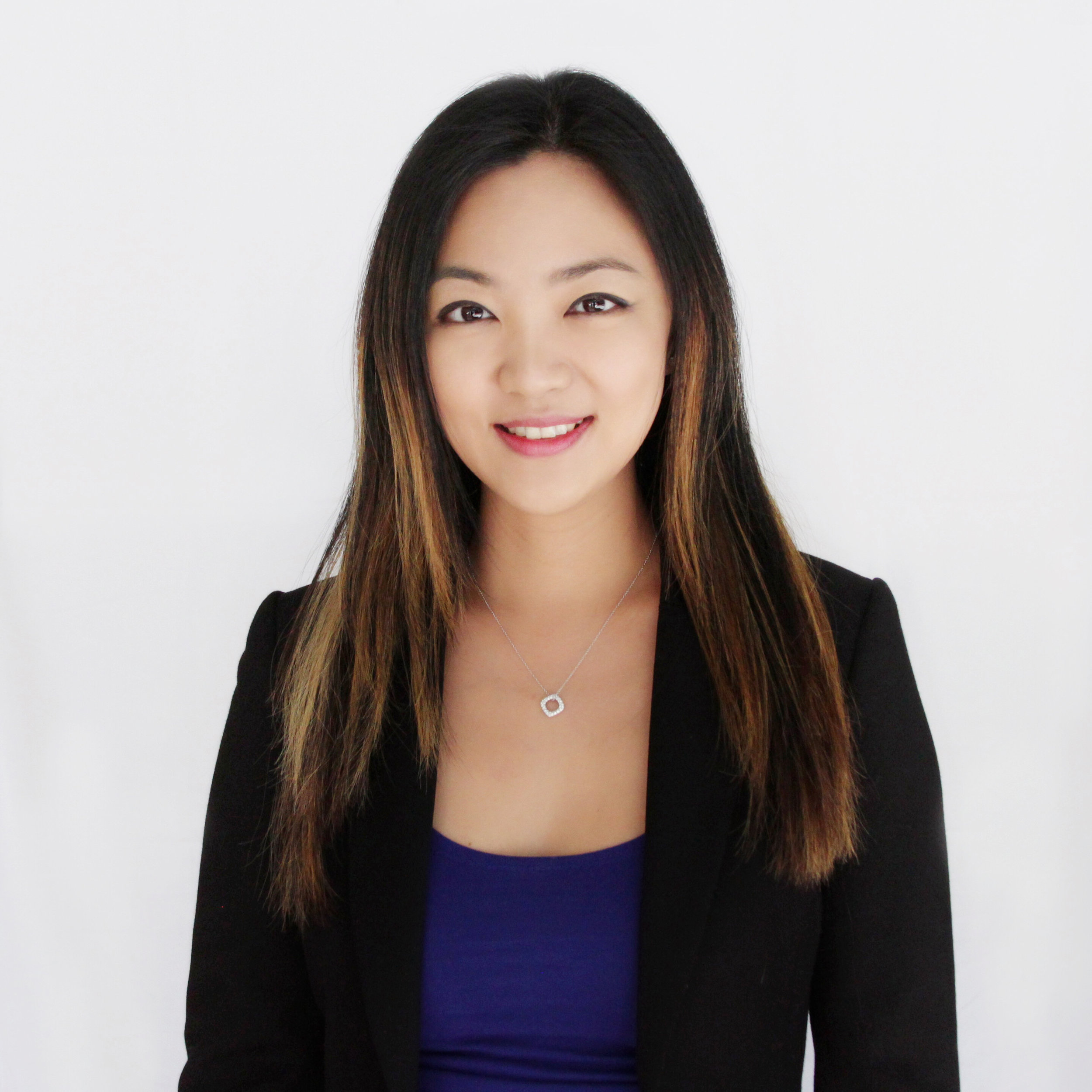 Doris is the owner and co-founder of Opus 1 Music Studio. She teaches students at all ages and all levels. She is experienced in exam preparation in both CM and ABRSM exams. Her students won local competitions and perform at Carnegie Hall.  B.A. in Music from University of British Columbia.