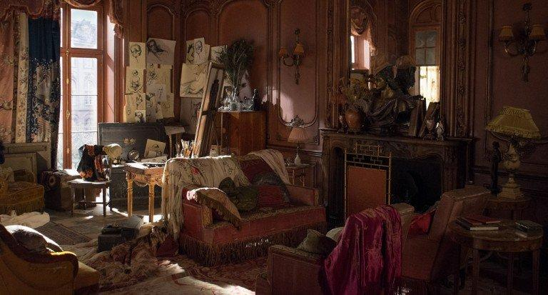 The Danish Girl. Paris Apartment. Courtesy of Working Title.Production Design Eve Stewart. Set Decoration Mike Standish.