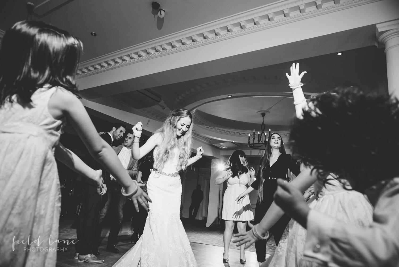 Farmhouse Mackworth Derbyshire Wedding Photography-11.jpg