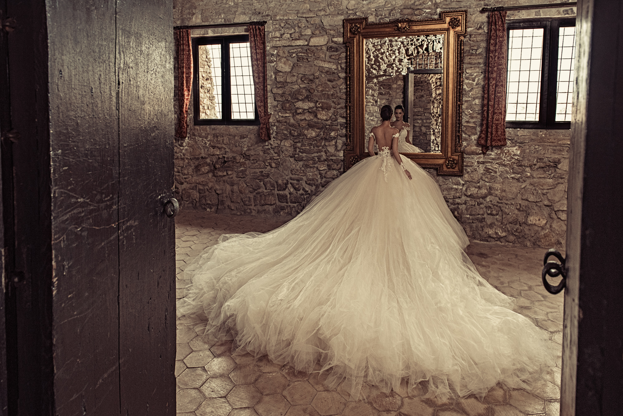 Bellasposa Bridal & Photography