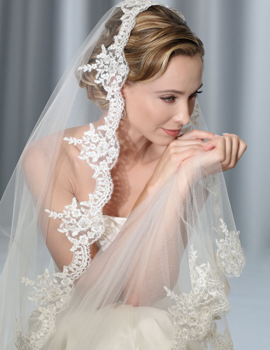 V7175C   Alençon lace mantilla cathedral veil