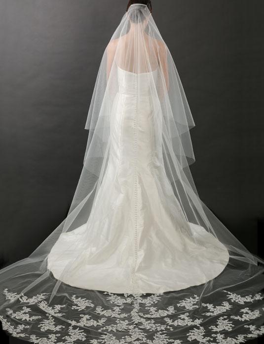 V7262C   Alençon lace cathedral veil