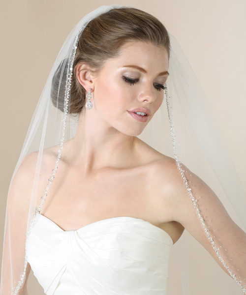 V7275   Elbow veil with silver beads veil