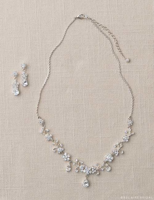 J2002   Rhinestone flower set