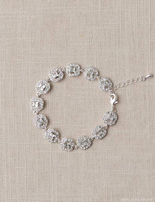 BC134   Cushion cut links bracelet