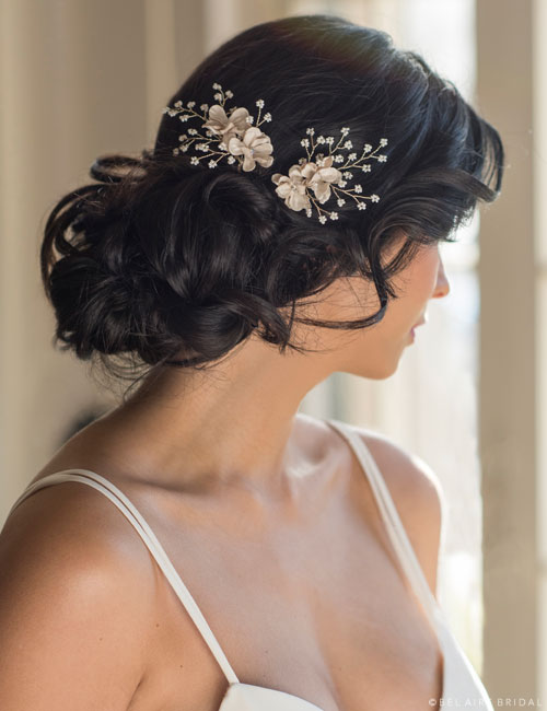 1720   Soft flower hairpins with delicate pearl sprays