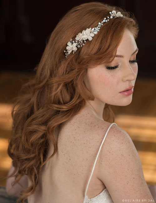 6657   Delicate rhinestone garland with ties