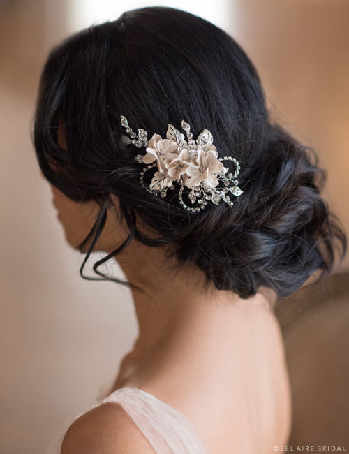 6680   Rhinestone clip with champagne flowers