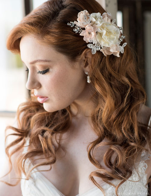 6681   Soft flower comb with lace and rhinestones