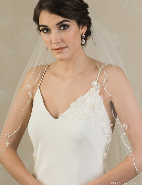 V7382   1-tier veil with beaded floral motif