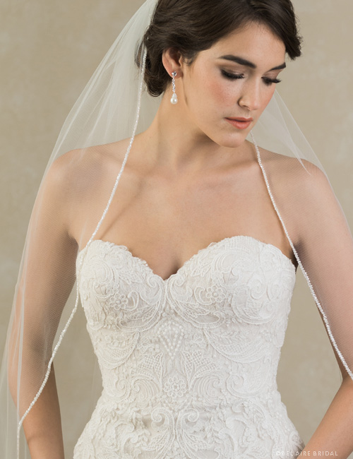 V7383   1-tier veil with frosted bead edge