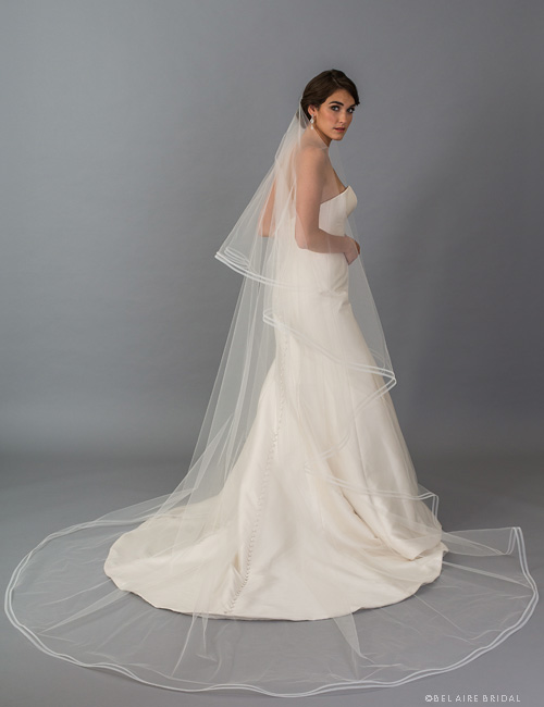 V7405C   2-tier foldover veil with double row of horsehair