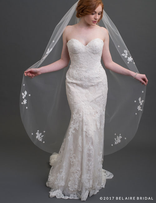 V7425   1-tier waltz length veil scattered with lace a