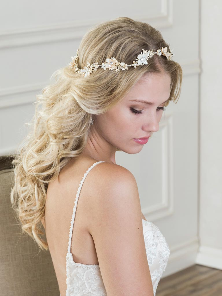 6810   Romantic halo or multi-color mother-of-pearl flowers and rhinestones