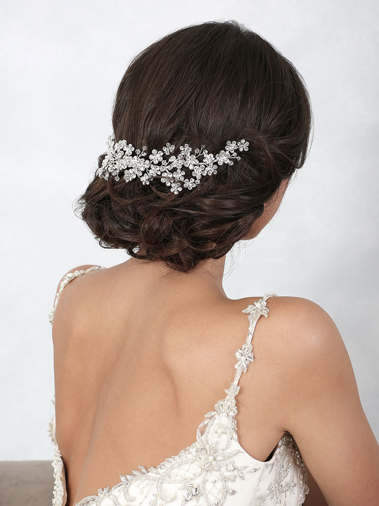 6863   Dazzling back piece of small rhinestone flowers