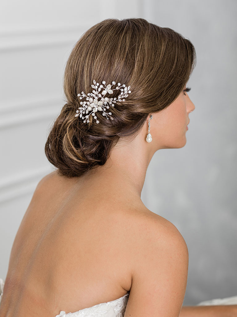 6929   Graceful comb of rhinestone sprays and pearl flowers
