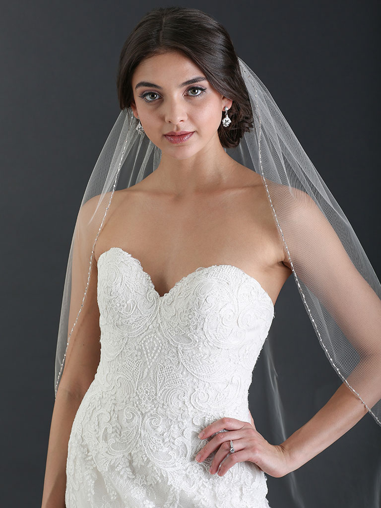 V7471   1-tier fingertip veil with delicate beaded edge