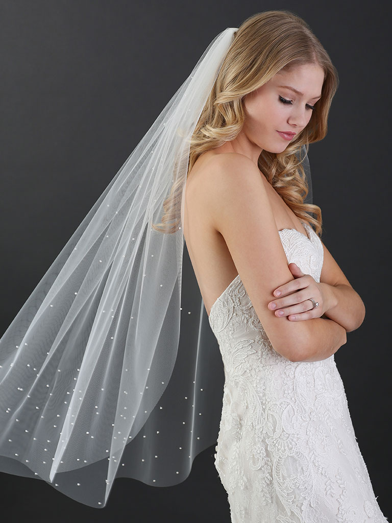 V7473   1-tier cut edge fingertip veil with small pearls scattered throughout