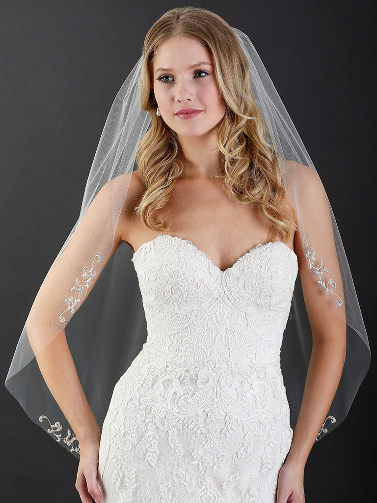 V7470   1-tier cut edge fingertip veil with embroidered scroll motifs