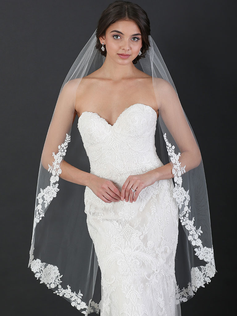 V7494   1-tier fingertip veil with floral sequined lace