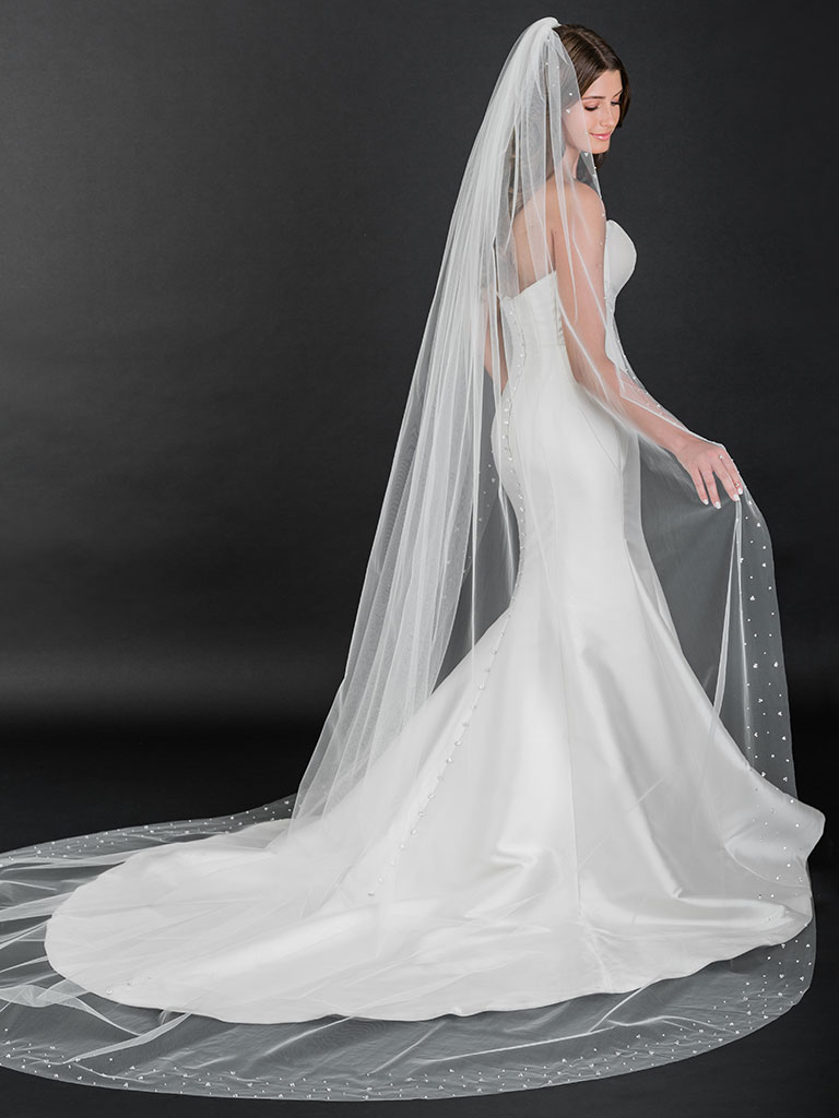 V7503C   Cathedral cut edge veil with crystals, pearls, and beads