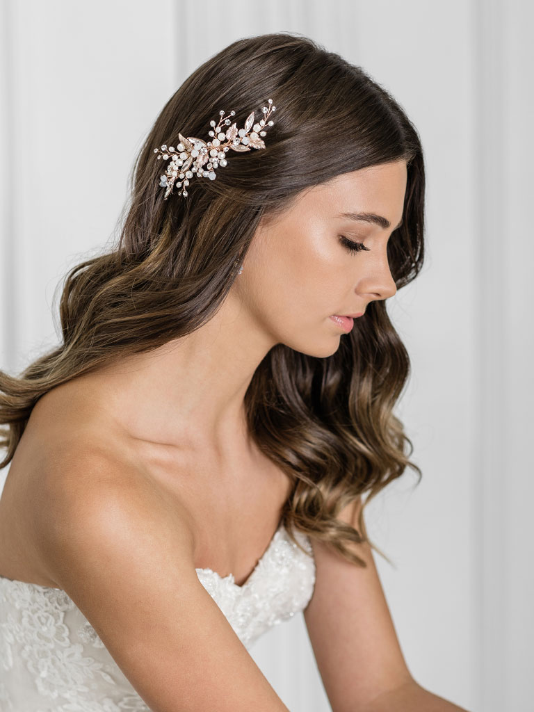 6941   Romantic clip with sprays of rhinestones, pearls, and opal crystals