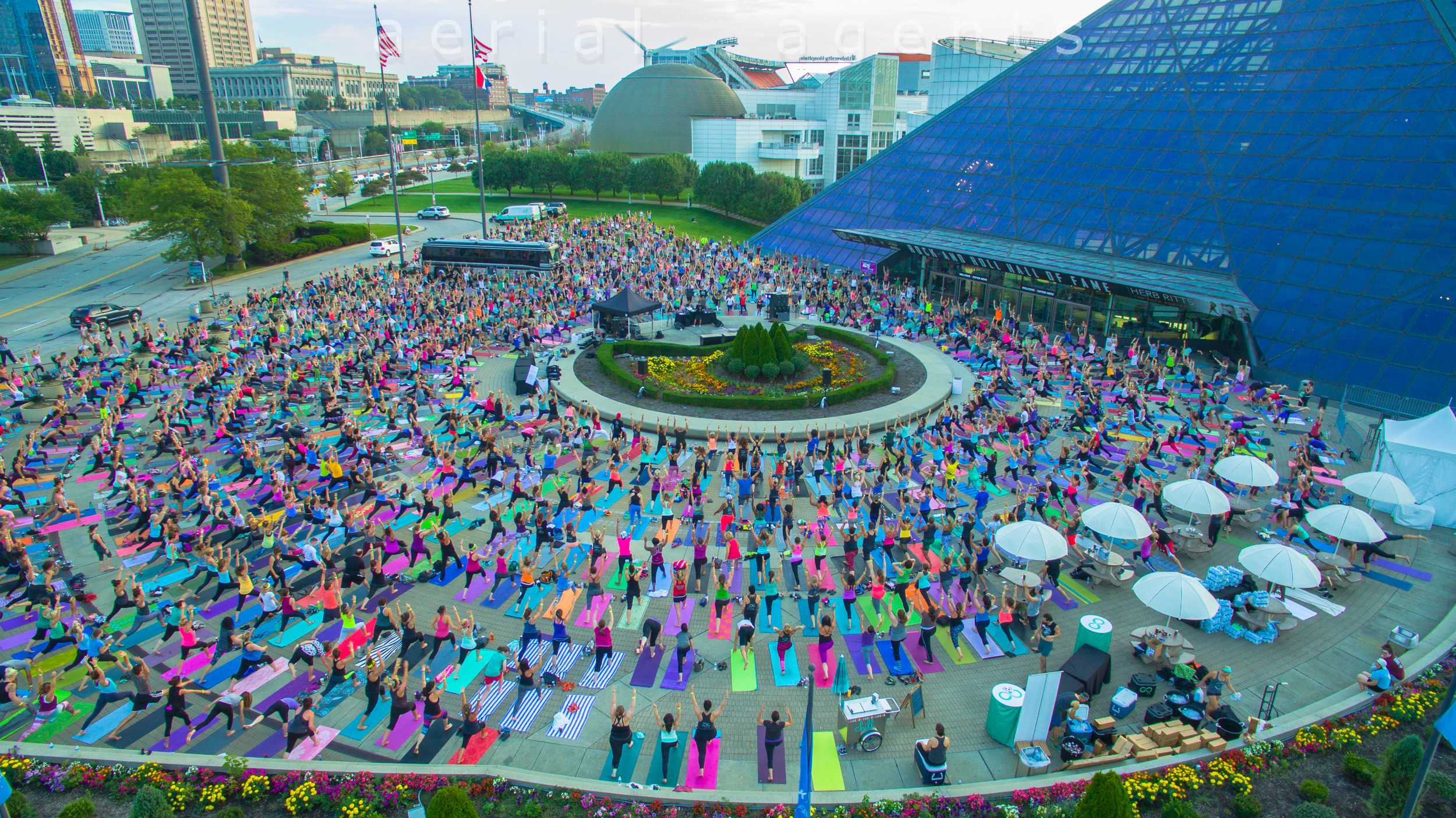 Believe in CLE Yoga 2015-11.jpg