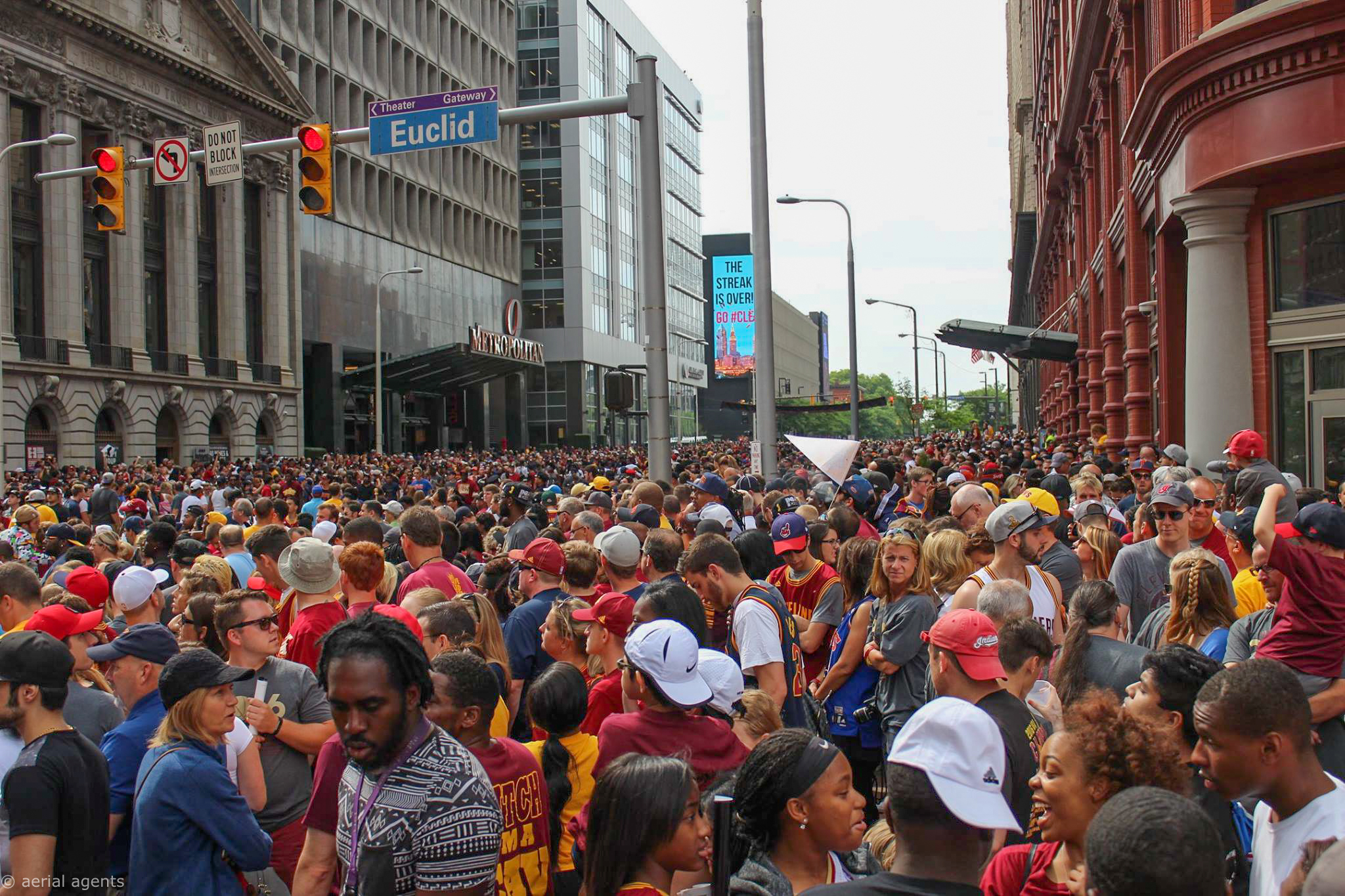 E.9th St in Downtown Cleveland Jam Packed