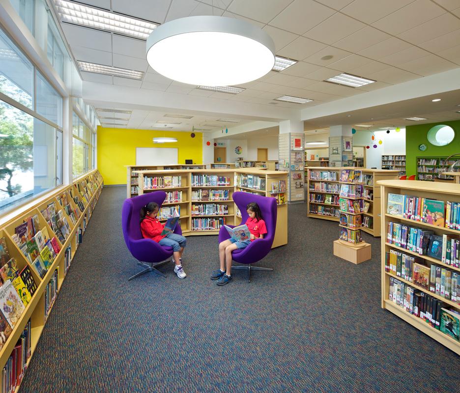 HKIS Library2.jpg