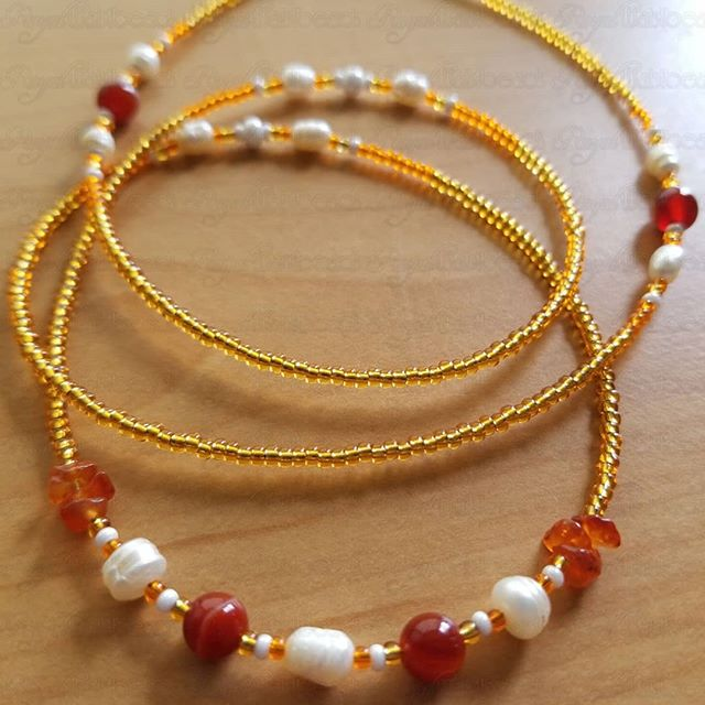 Carnelian gemstone waistbeads...worn to inspire and empower you to create the reality of your dreams. You'll feel sexier too! . www.RoyalWaistbeads.com . #crystalhealing #chakrabalance #chakrasbalance balanceyourchakras #waistbeads #waistbeadsqueen