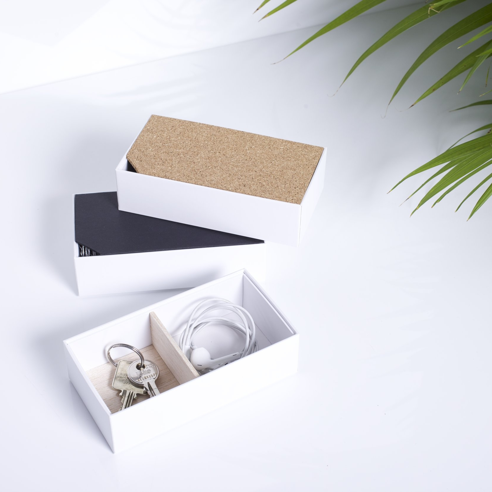 Small Organizers - iPhone box 4, 5, SE, 6 or 6s