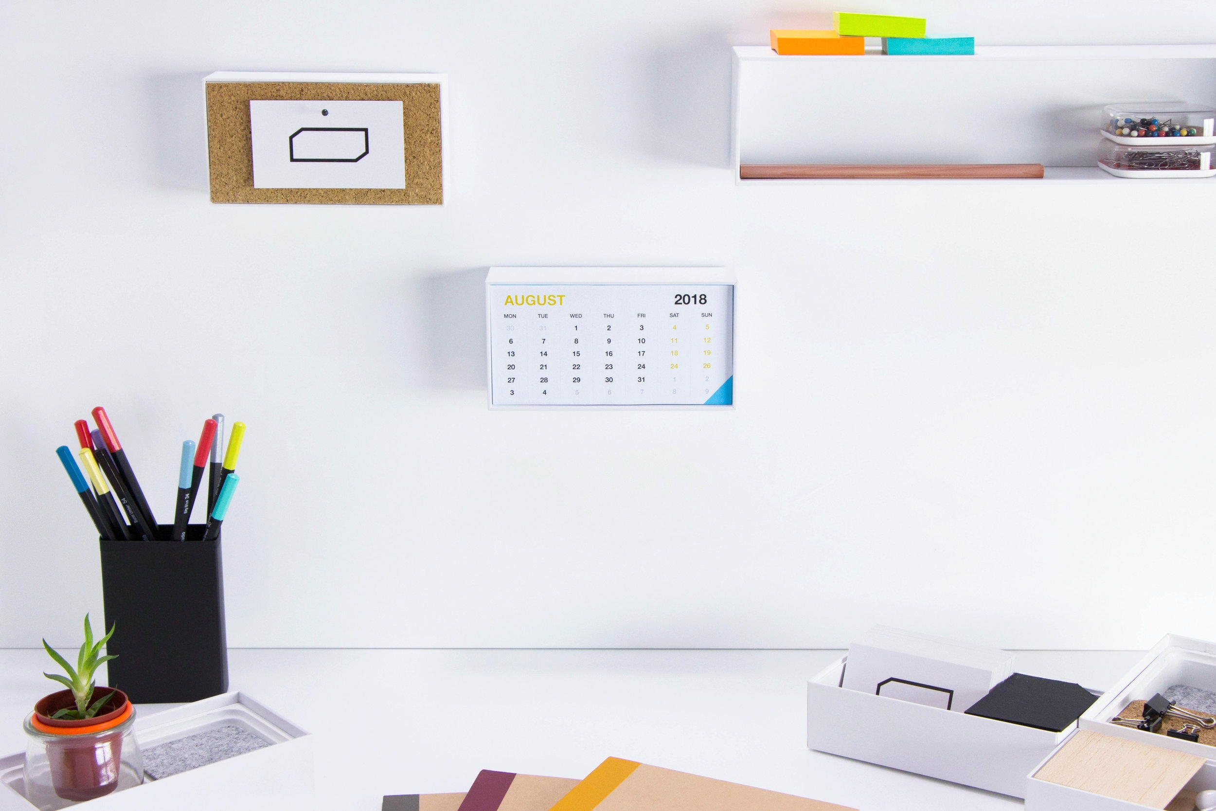 Make a calendar with your iPhone box