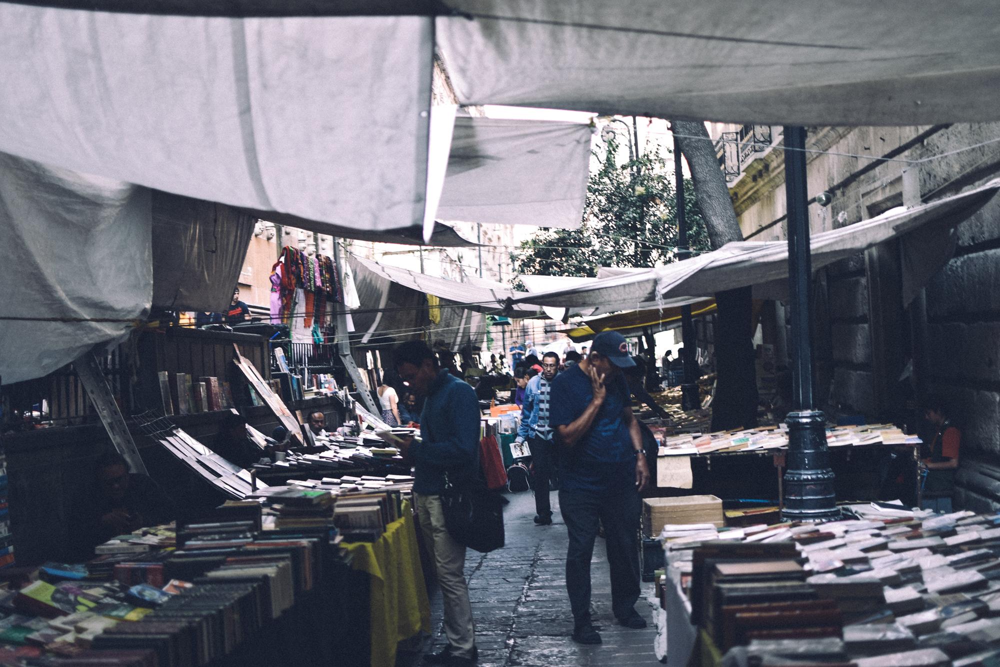 Kyle Studstill_photojournal_travel_Mexico City-50.jpg