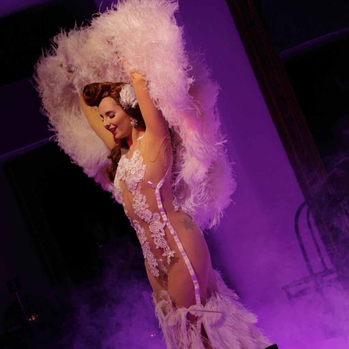 Maple Rose Burlesque Idol