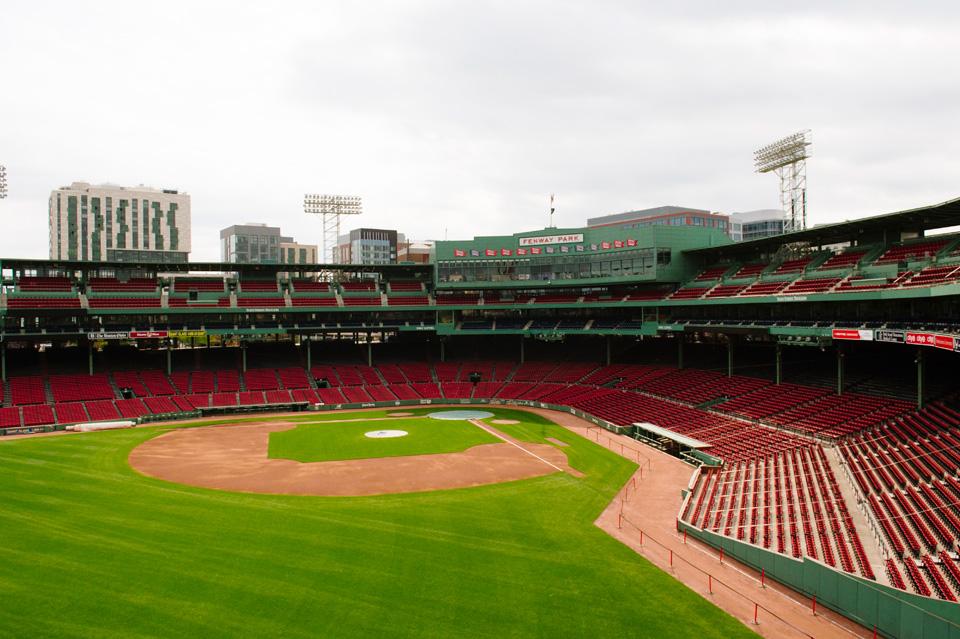 Boston-Fenway-Engagement14.jpg