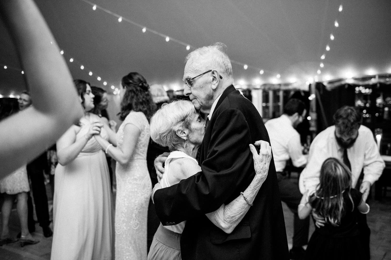 Kelly_Lorenz_Boston_Wedding_Photographer-45.jpg