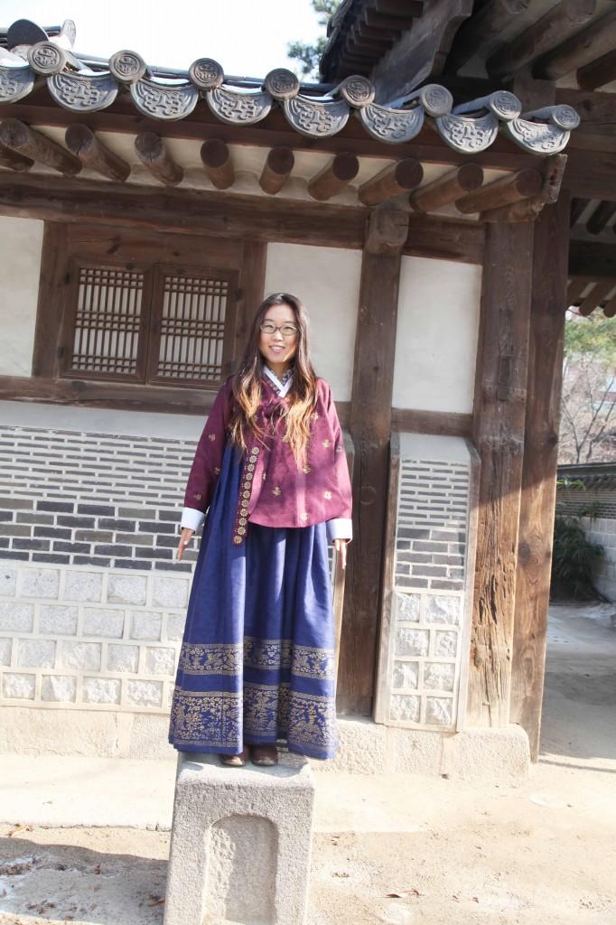 hanbok-on-horse-stand-682x1024.jpg