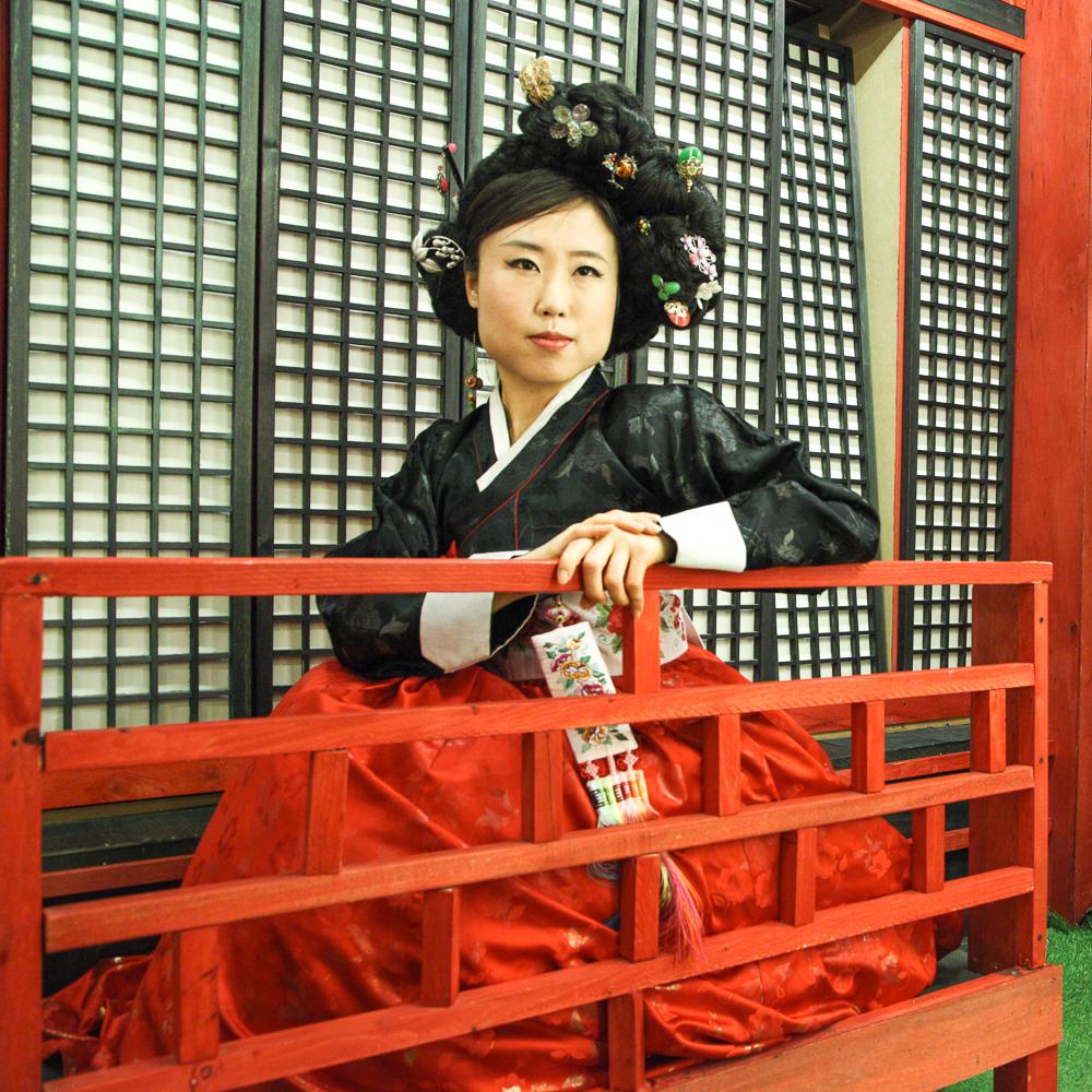 kisaeng pose
