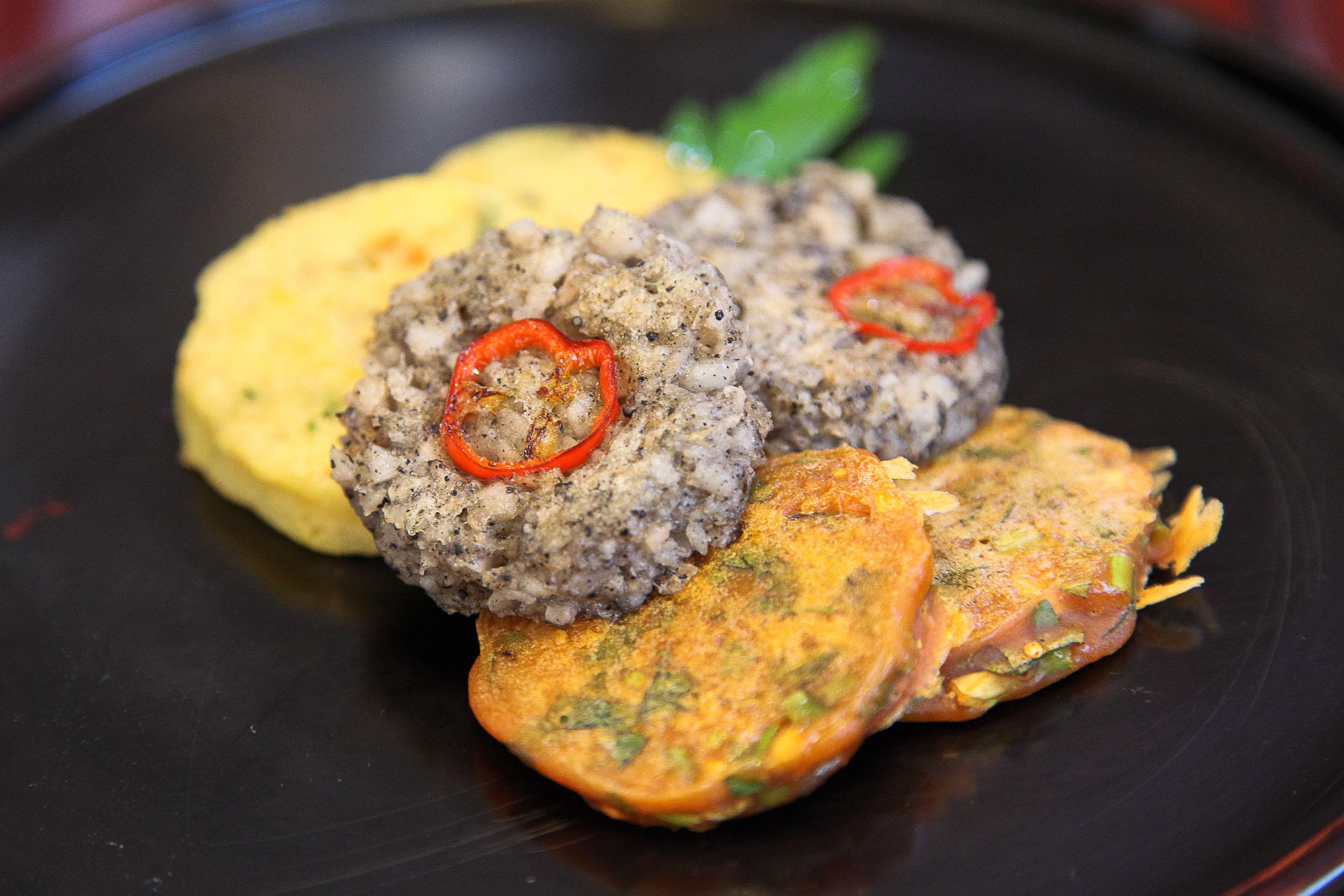 Three Colored Pancakes with Seasonal Vegetables (삼색전 = Samsaek Jeon).