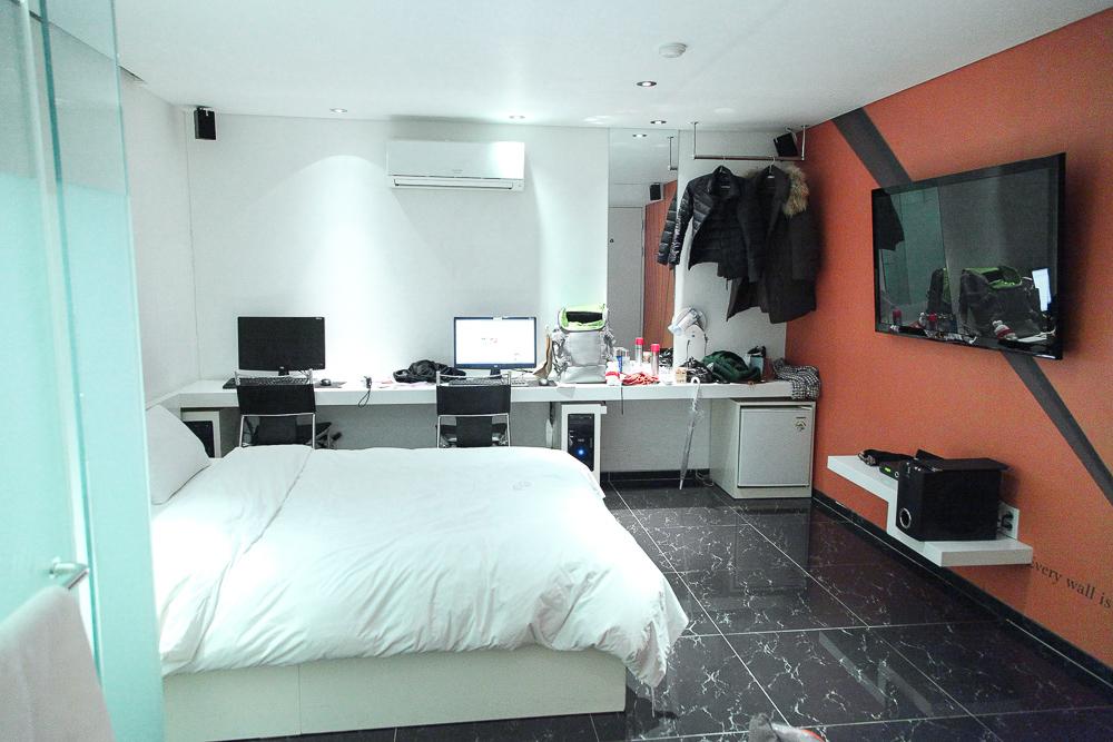 love motel room interior