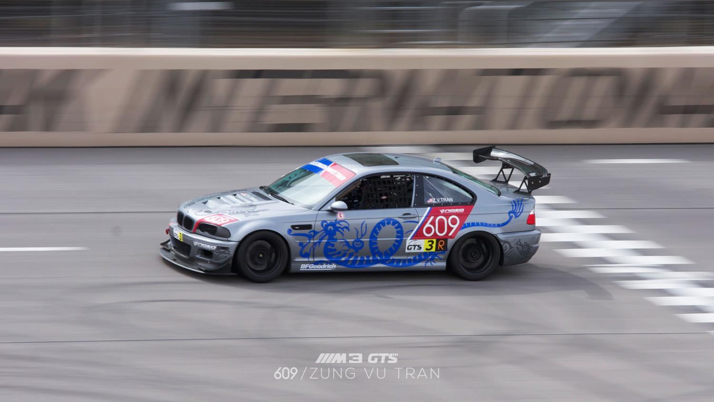 00-bmw-race-car-track-mini.jpg
