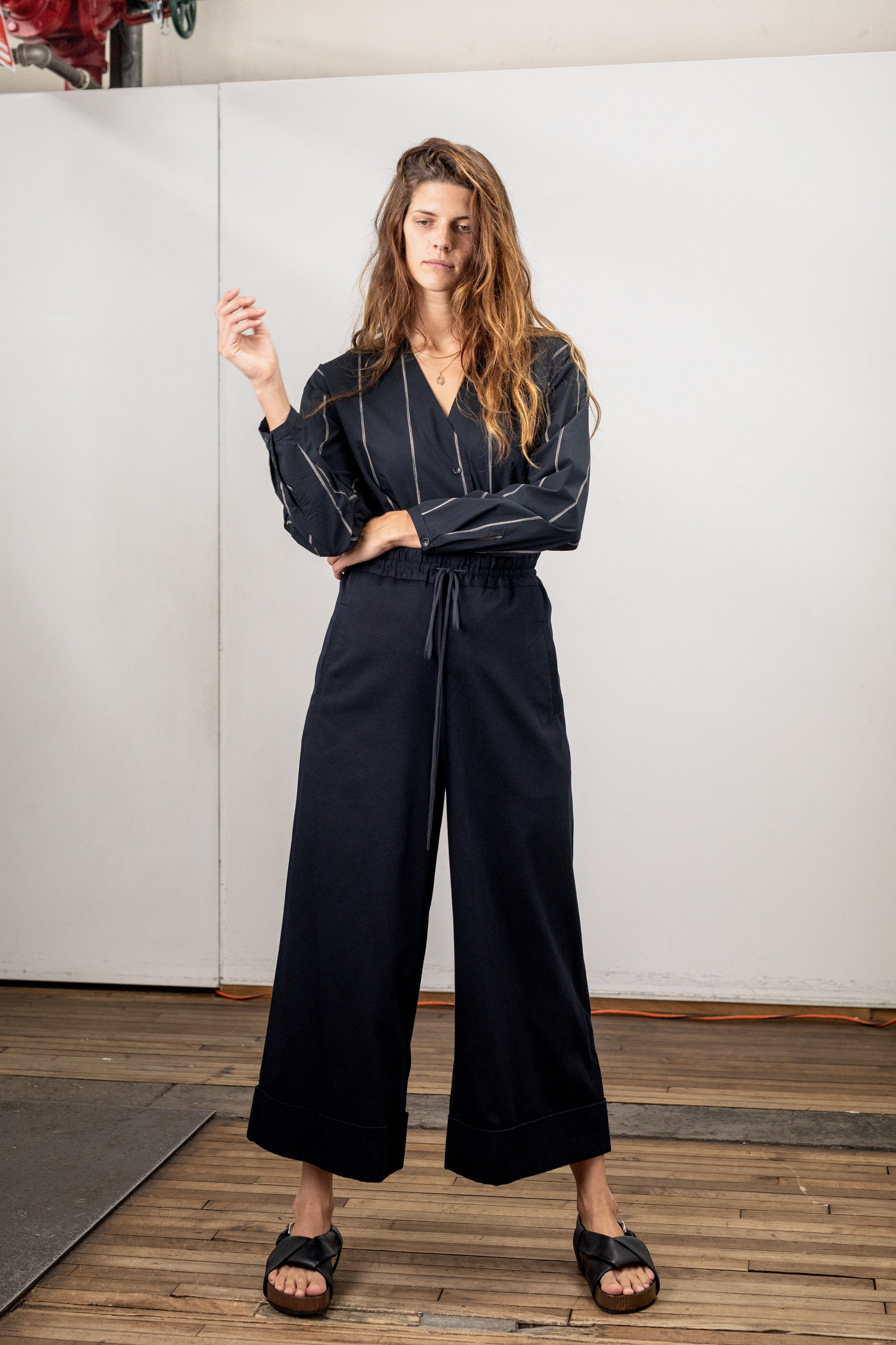 roucha-2019-lookbook-Final-5000px-13.jpg