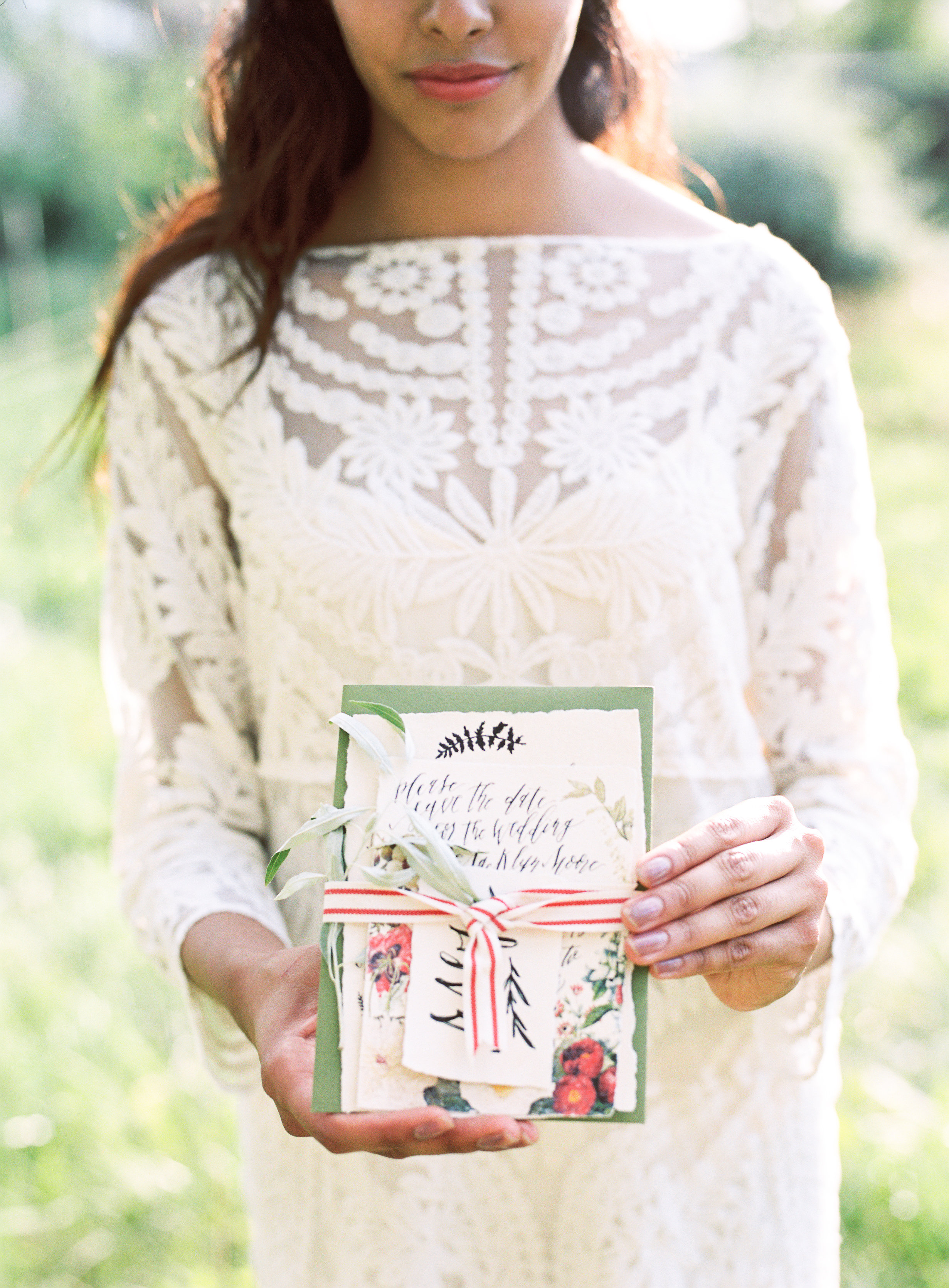 Invitation by Annie Mertlich | Photography by Loblee Photography | Styling by The Photo Fete
