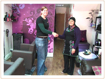 Handshake_36_s.jpg