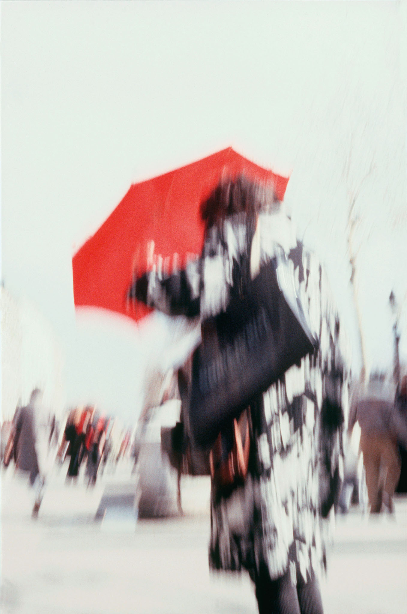 #01_'Lady with red umbrella'.jpg