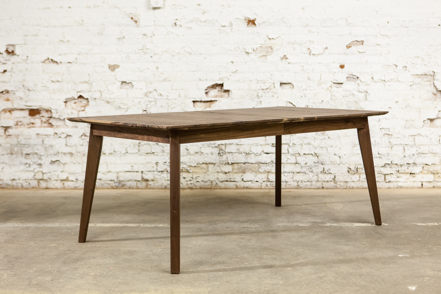 Walnut Leaf Table