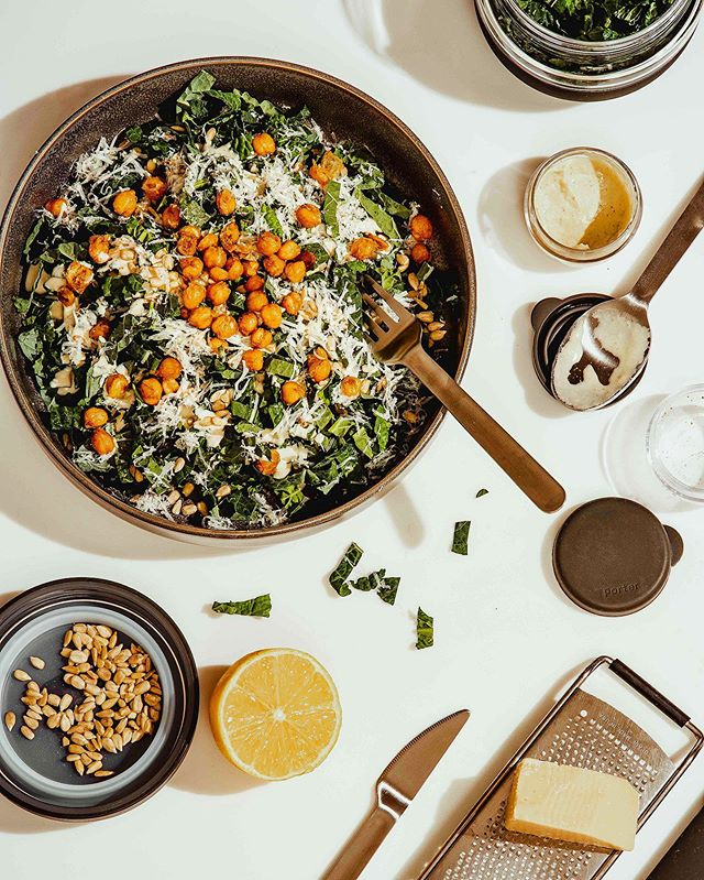 Steps for packing a perfect #lunchaldesko:  1. Get yourself some a cute matching set of @wandpdesign Porter seal tight containers. 2. Make yourself the amazing vegan kale Caesar salad from @minimalistbaker with cashew dressing and tandoori roasted chickpeas. 3. Pack up your salad parts in the Porter set and sneak some chickpeas while doing so because they are so delicious you cannot resist.  4. Pack up your lunch and don't forget to include your Porter silverware set so you never have to feel guilty about single-use plastic when you're on the go. 5. Distract yourself from leaving for work by playing with the cute little W&P bottle brush and imagine bopping your niece on the head with it someday soon.  6. Dazzle your coworkers with your culinary skills AND commitment to saving the planet.  7. Feel exceedingly pleased with yourself. // #mostlyeats #wandpdesign #porter #sustainability #kalecaesar #vegan #bansingleuseplastic #ecofriendlyliving #ecofriendlyproducts #sustainableliving #bringyourown #refusesingleuse #refuseplastic #goingzerowaste #reducefoodwaste #healthyish #minimalistbaker #bombesquad #saladdays #kalesalad #veganfood