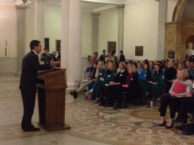 Senator Vinny DeMacedo addresses participants of the Massachusetts Dental Hygienists' Association 2015 Lobby Day
