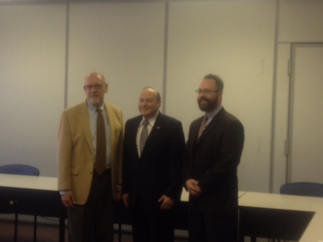 Senate President Stan Rosenberg visits Beacon ABA and talks with behavior analysts