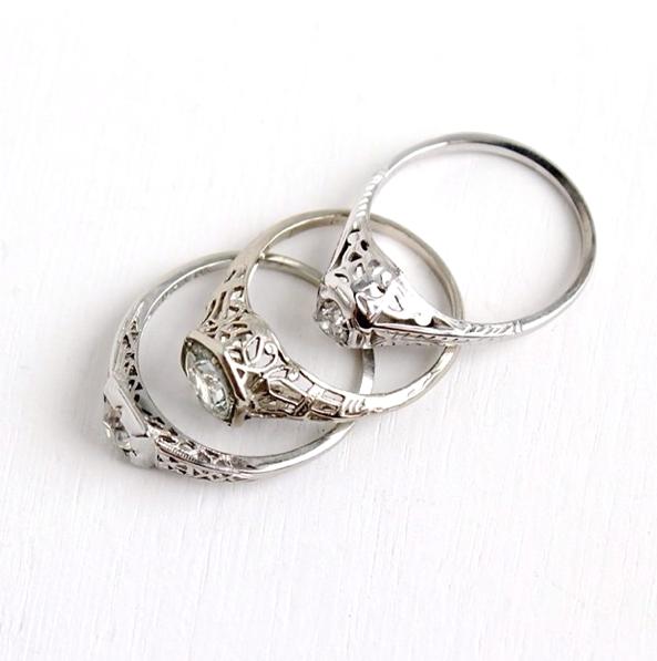 Filigree details on vintage diamond rings